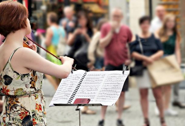 Berlin- Protestmarsch der Kunst- und Kulturschaffenden