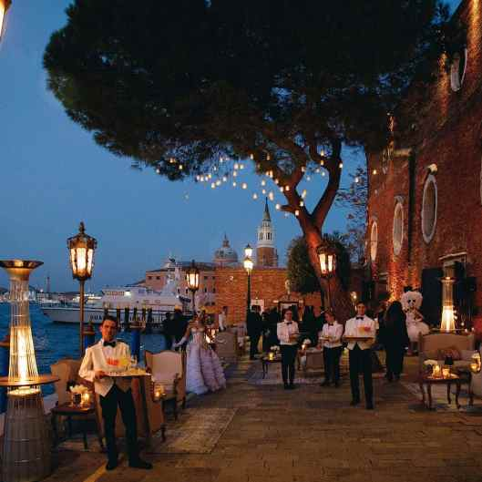 30-VIP-Birthday-Celebration-in-Venice-AK-by-eventoile.com