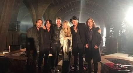 """Maná regresa con nuevo album / nuevo sencillo """"Mi verdad"""" Feat. Shakira"""