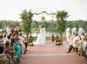 EventsLuxe Midwest Tuscan Winery Wedding 22