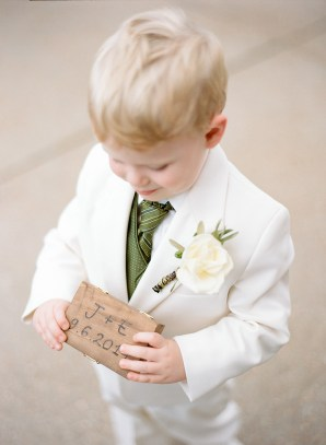 EventsLuxe Midwest Tuscan Winery Wedding kids 3