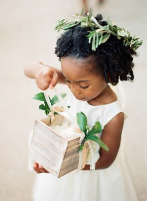 EventsLuxe Midwest Tuscan Winery Wedding kids 4