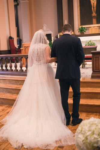 Bride & Groom at St. Louis Old Cathedral | St. Louis Weddings by Events Luxe
