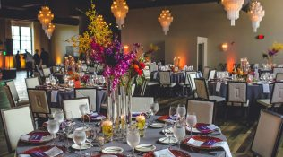 Julie & Cameron – Bright and Modern Summer Soiree