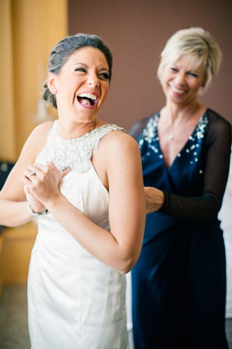 Bride getting ready | Events Luxe Wedding