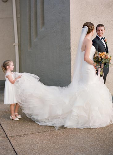 Bride & Flower girl at World's Fair Pavilion | Events Luxe Weddings