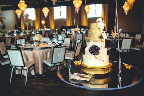 Old Hollywood Wedding Cake | Events Luxe Wedding