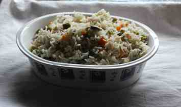 vegetable pulav  15 lunch box ideas vegetable pilaf 300x177