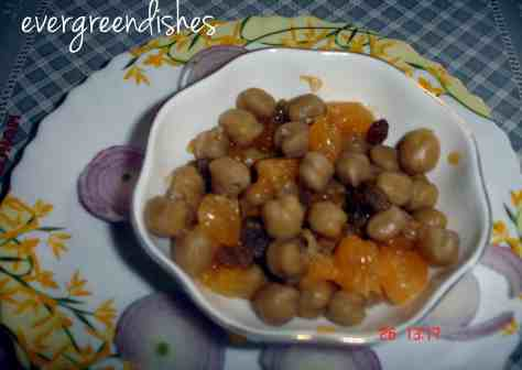 chick peas and orange salad