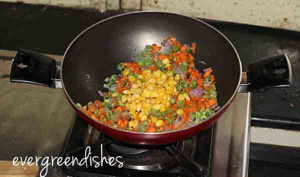 finally the corn kernels sweet corn vegetable soup Sweet corn vegetable soup scvsoup4 600x354