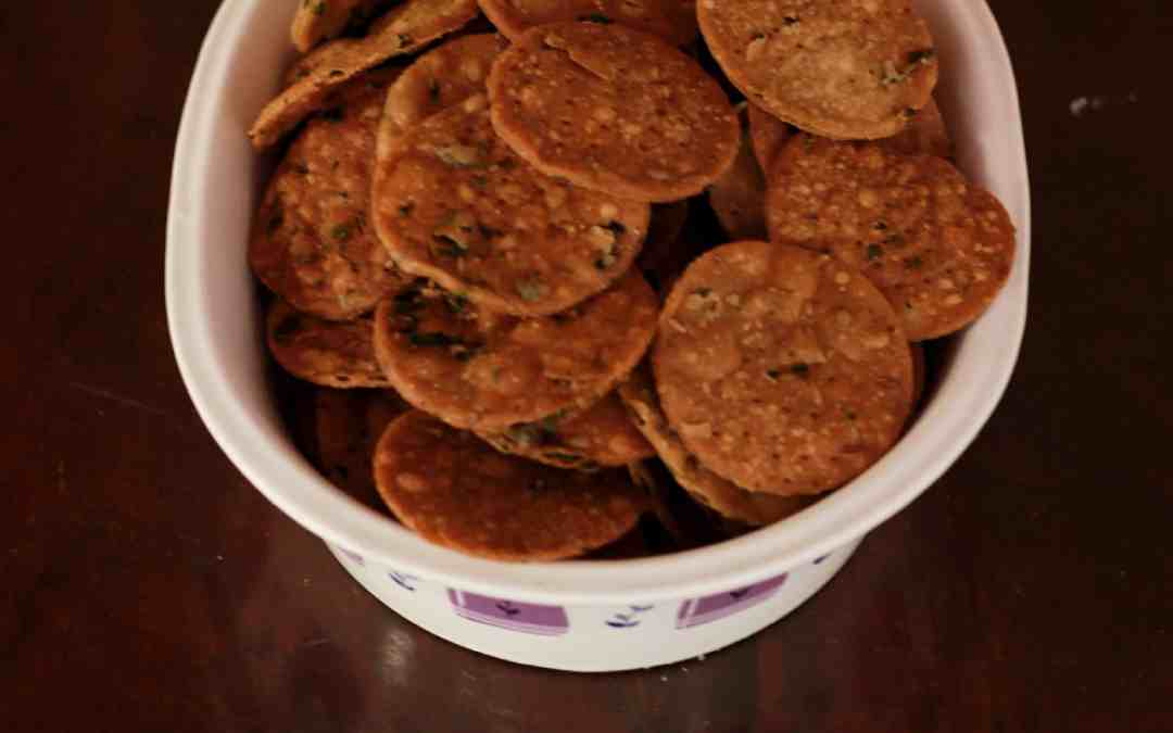 Methi Mathri / how to make mathri  in steps