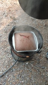 How to bake a cake when camping