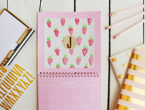 DIY Watercolour Calendar - Find more fun DIYs, crafts and recipes over at EverSoBritty.com