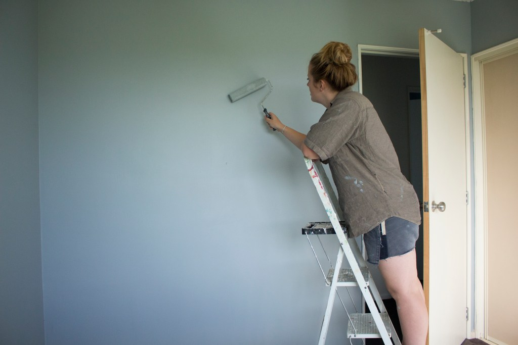 Painting Tips for Beginners - How to paint a wall