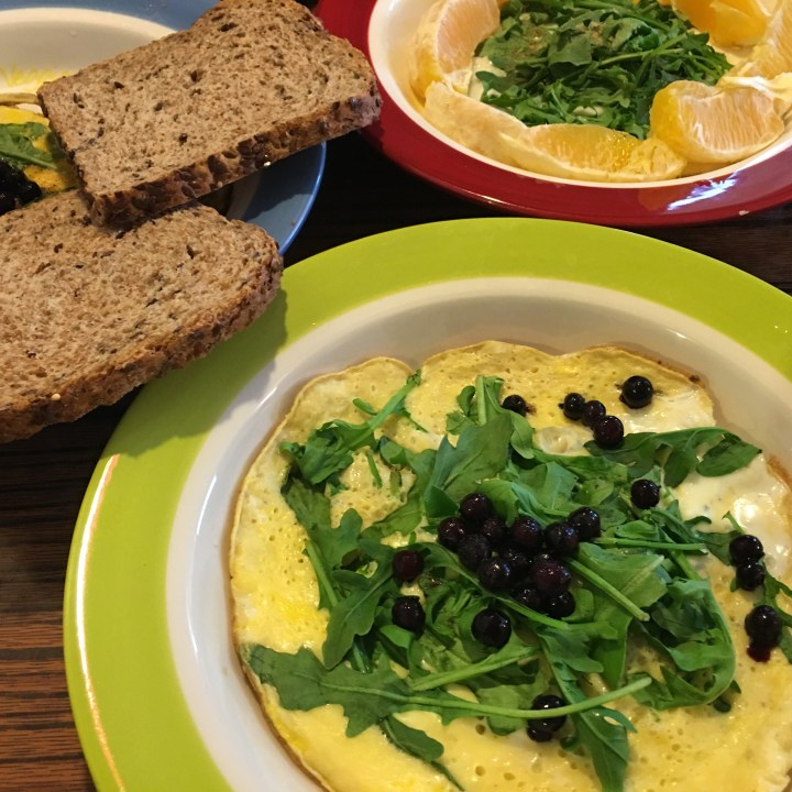Peppery Arugula Omelette with Sweet Fruits