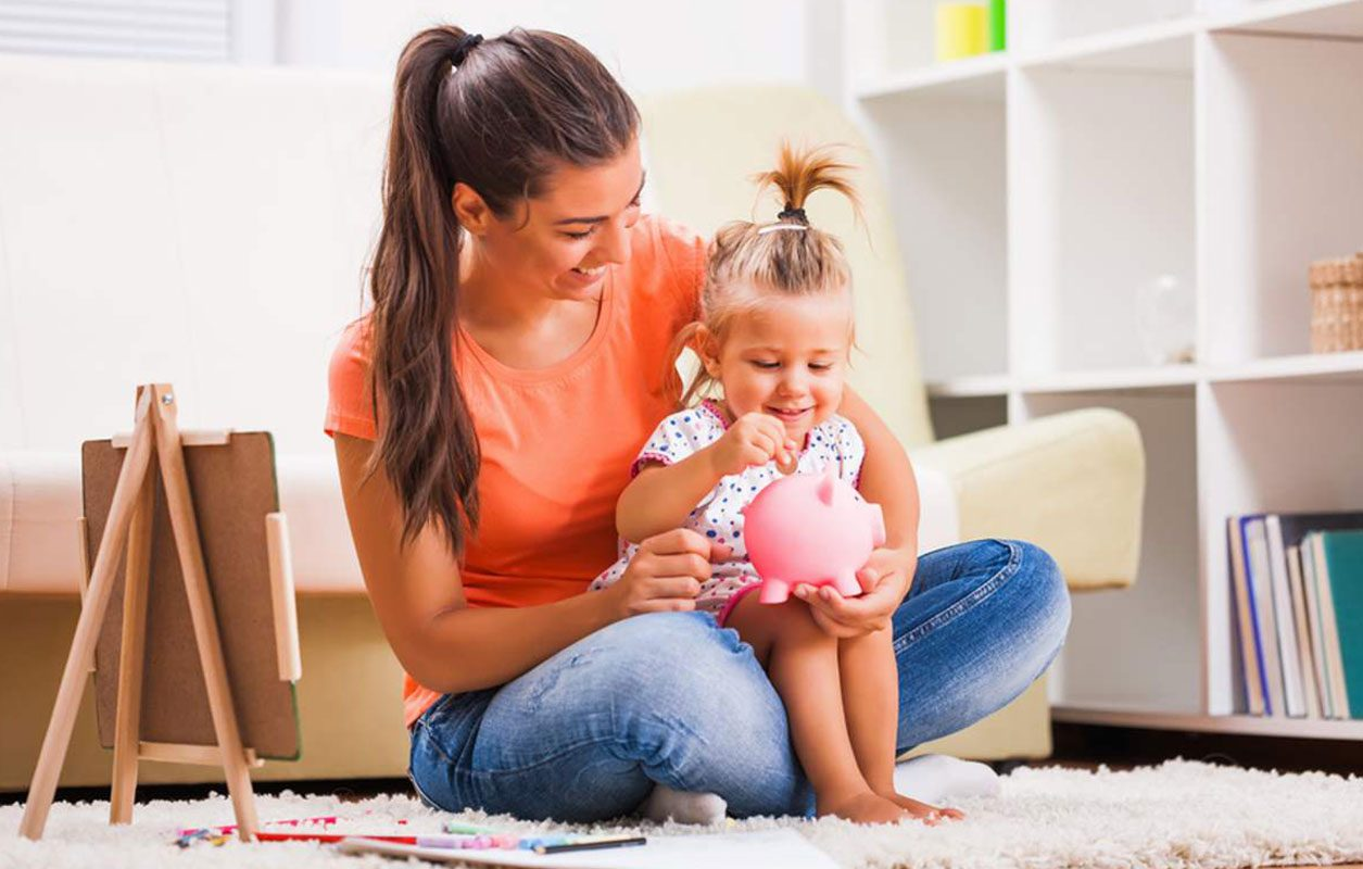 How To Survive Financially As A Single Mom In Usa