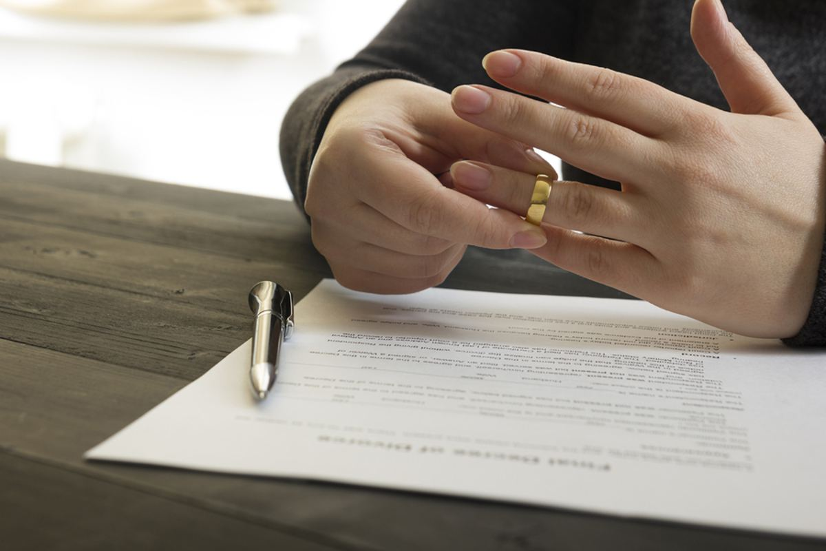 How Is Debt Divided In A Divorce