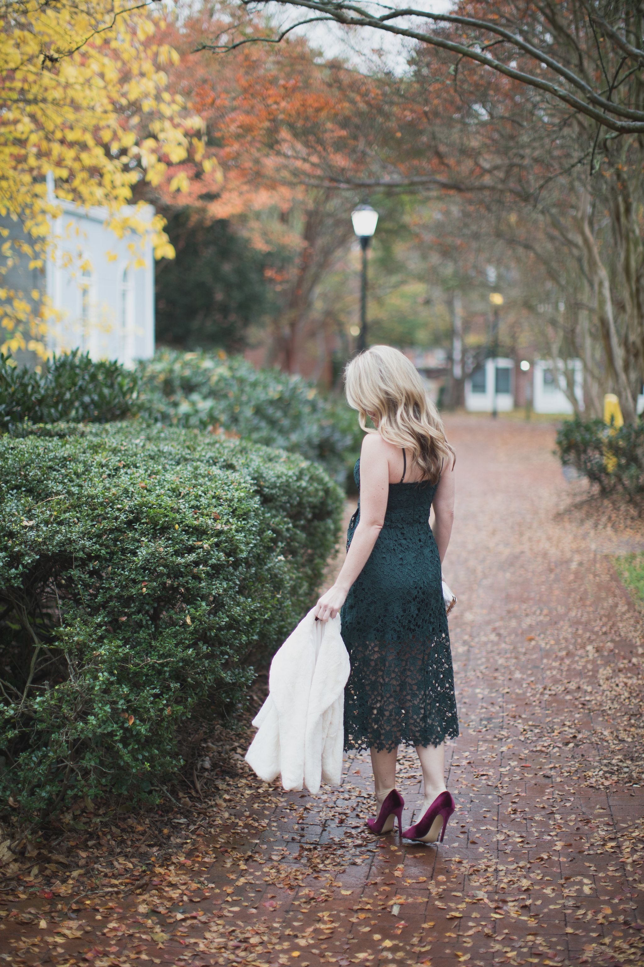 Today on ECW I am sharing the only dress you need this holiday season. Best part....it is under $90 and comes in 5 different colors!! - The Perfect Holiday Dress under $100 by North Carolina fashion blogger Every Chic Way