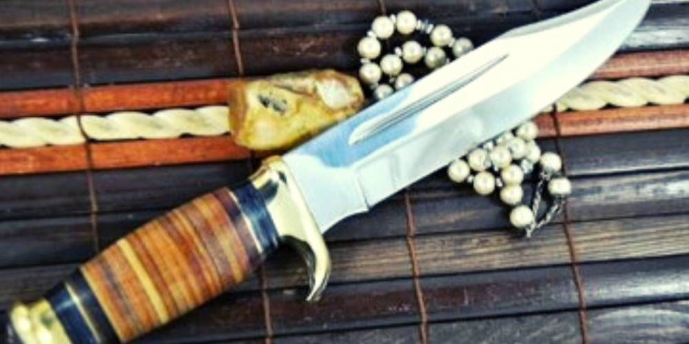 Best Bowie Knife Buying Guide