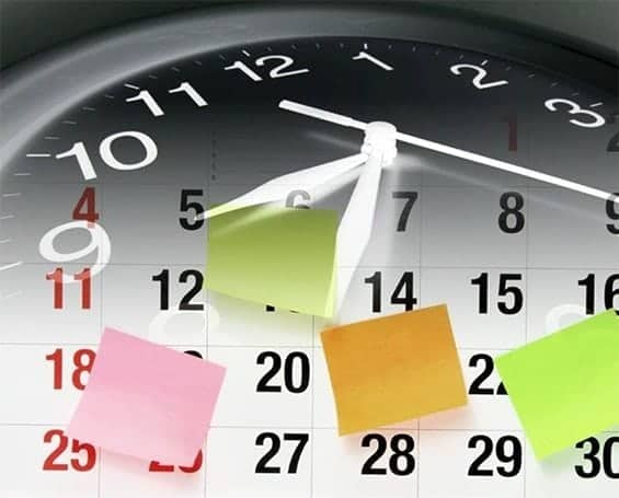 Best time to buy depicted with clock, second hand sweep and sticky notes