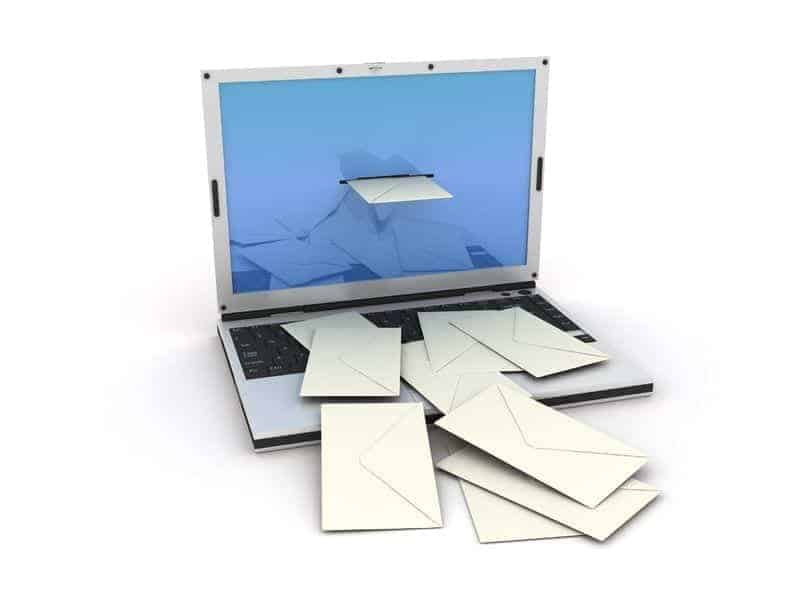 Laptop computer receiving messages