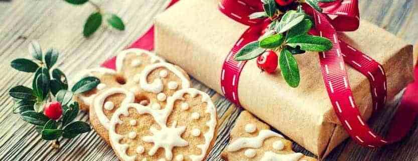 Homemade-christmas-gift-of-cookies