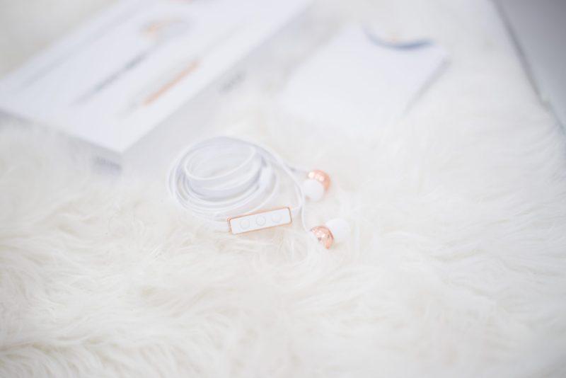 sudio-earphones-3