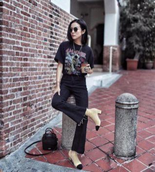 jeans a zampa i modelli più alla moda