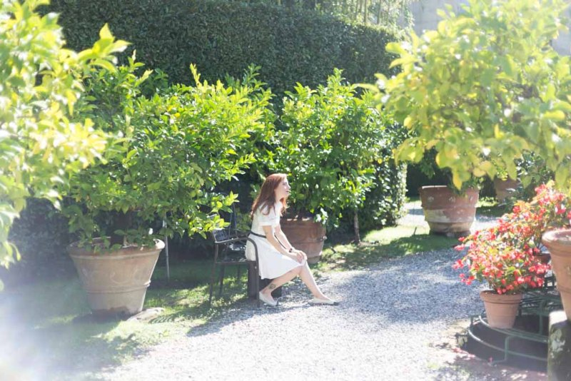 outfit con vestito bianco