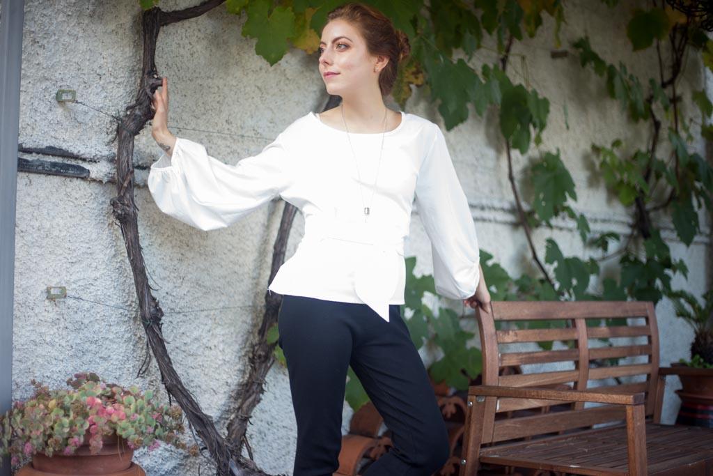 CAMICETTA CON MANICHE A campana outfit