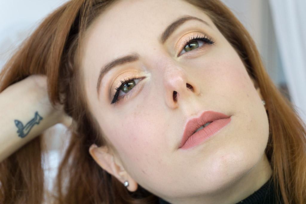 dreamy eyeshadow palette nabla makeup eyeliner