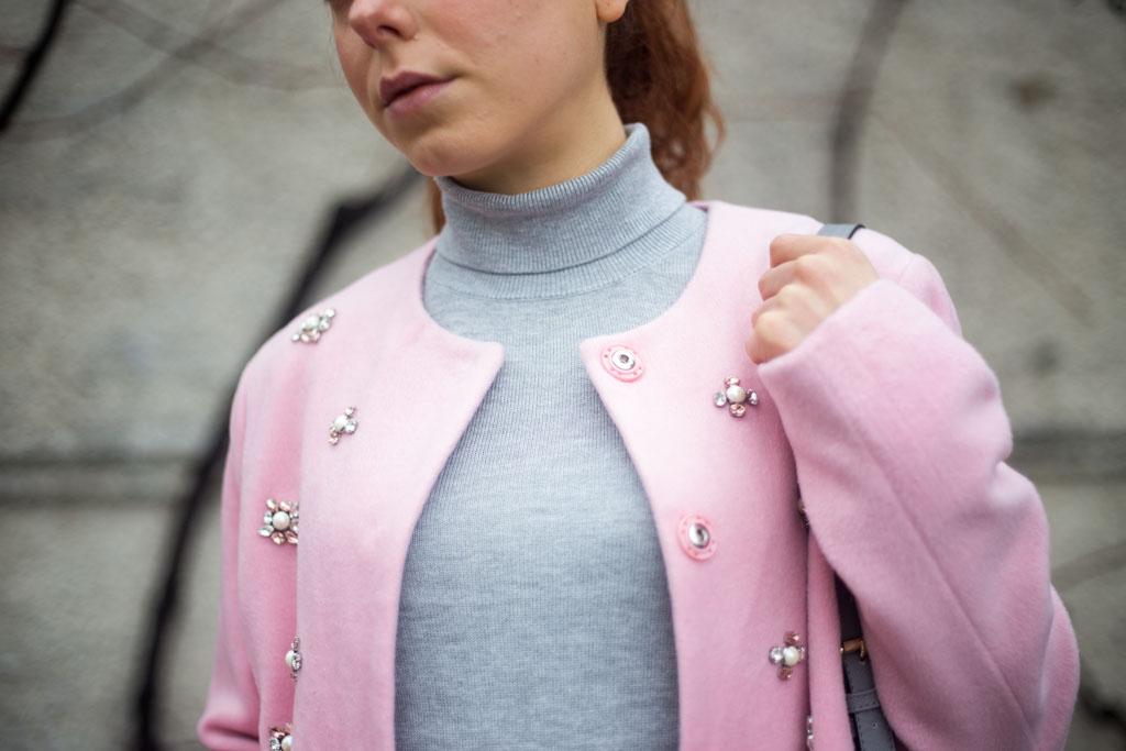 cappotto rosa come abbinarlo