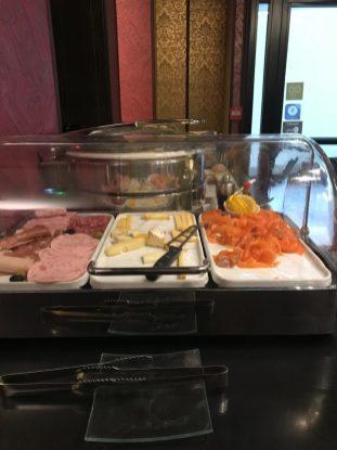 colazione salmone idol hotel