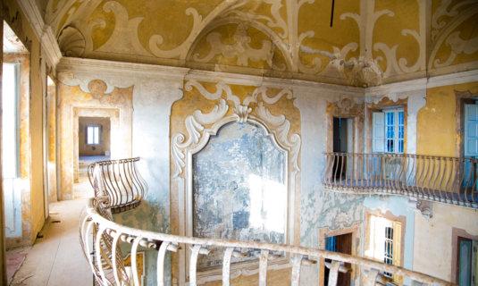 Ville Sbertoli, visita all'ex manicomio abbandonato di Pistoia