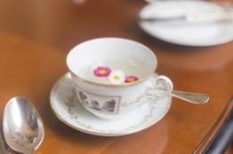 tè con fiori e zenzero infuso four season firenze
