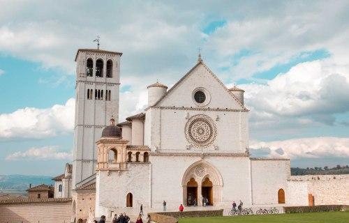Un giorno a Assisi: cosa vedere? Tra il sacro e il… Romano!