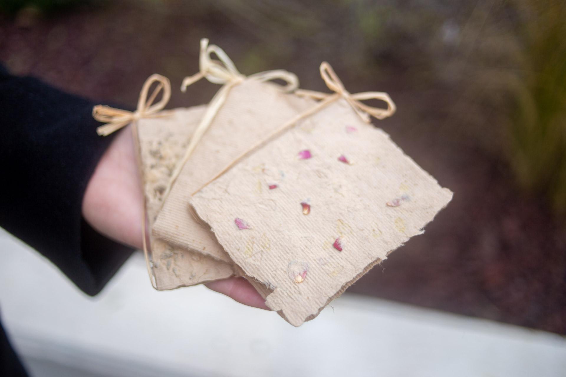 carta riciclata fatta a mano