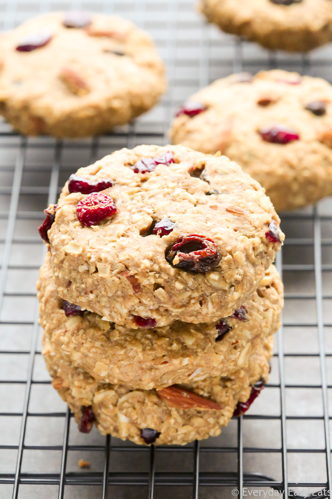 Fruit & Nut Breakfast Cookies. All-natural, vegan and gluten-free. | EverydayEasyEats.com