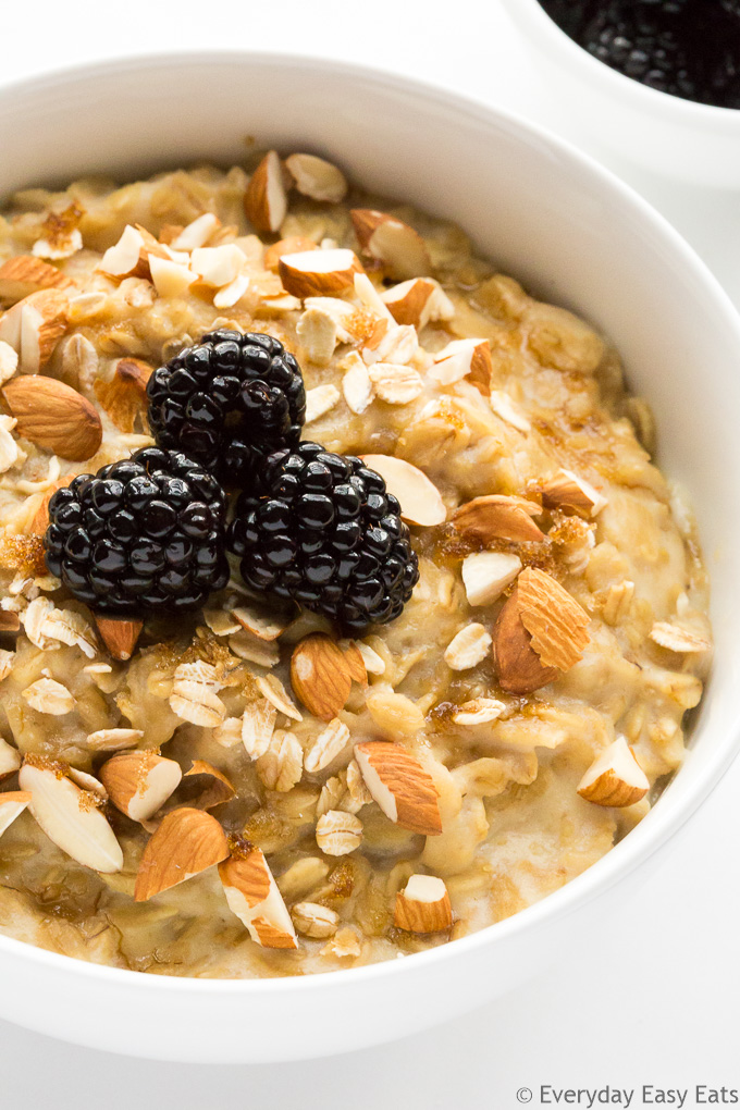 This Brown Sugar Oatmeal recipe makes the best, creamiest oatmeal ever. A nourishing, satisfying breakfast that requires only 5 ingredients and 15 minutes to make! | EverydayEasyEats.com
