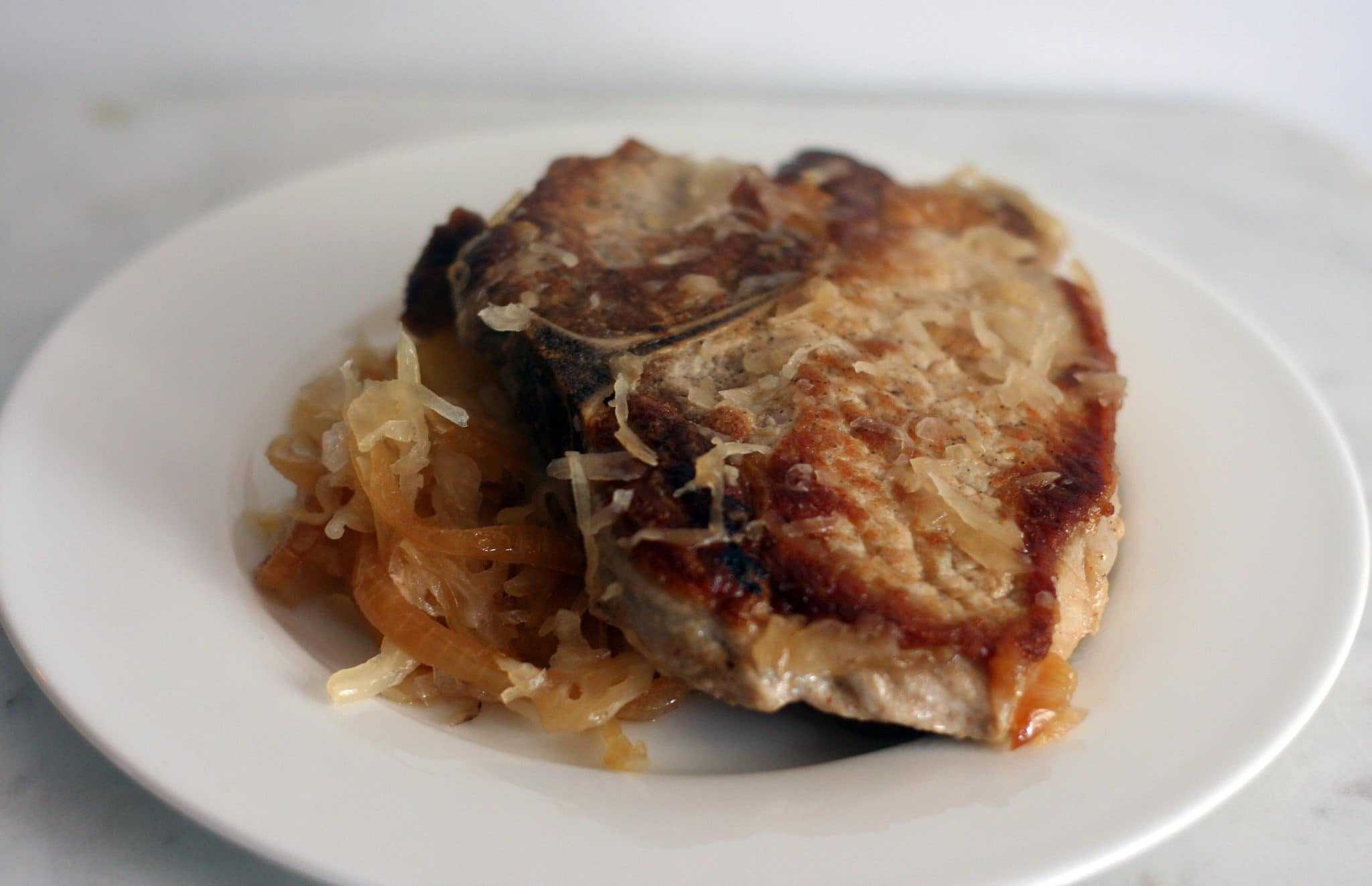 pork chops wit apples and sauerkraut