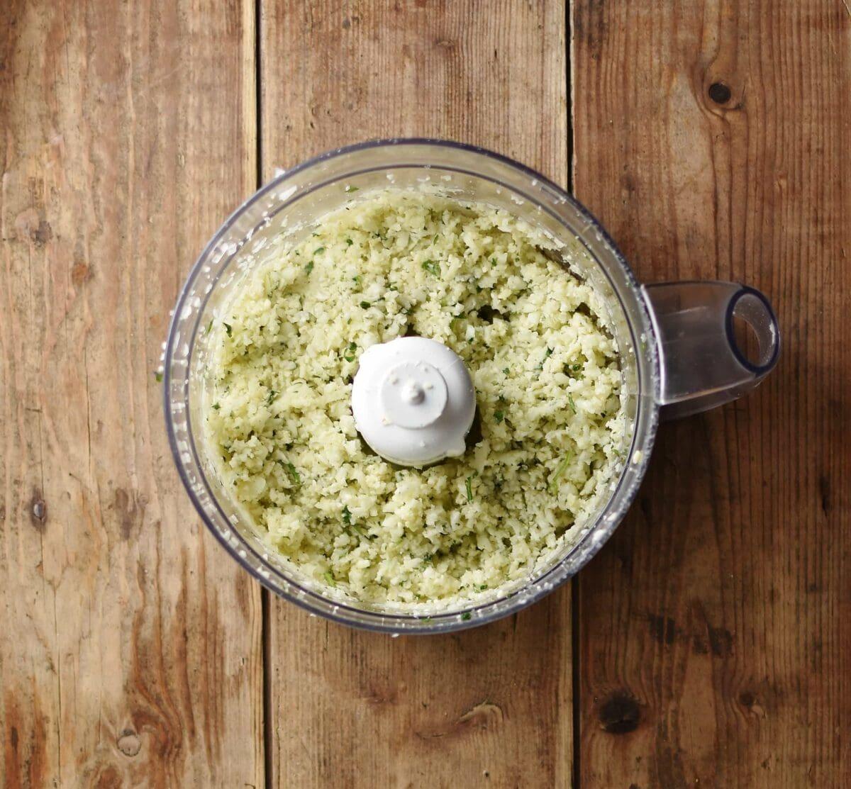 Cauliflower patties mixture inside blender.