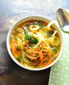 how to make spiralized vegetable soup 3