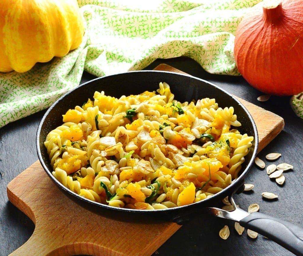 Pumpkin Pasta Recipe with Arugula and Garlic