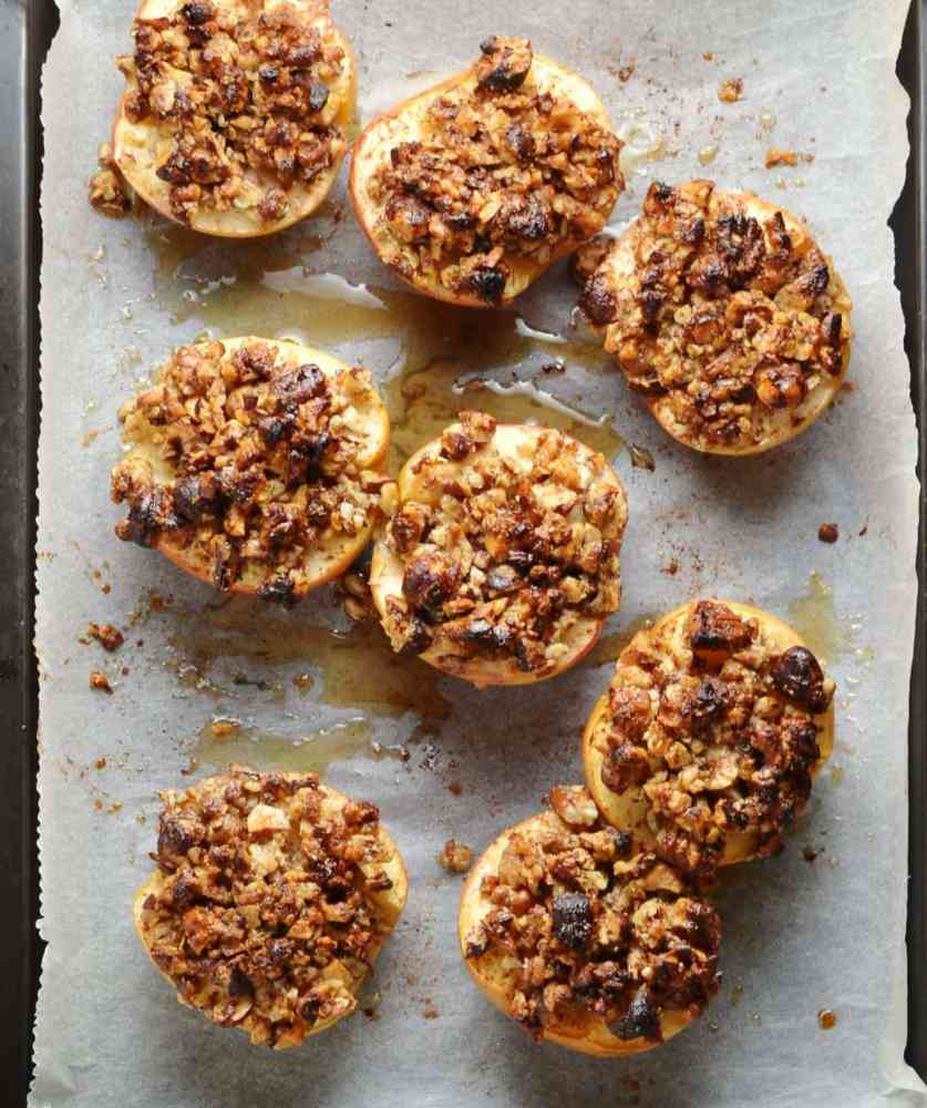 Easy Baked Apples with Maple Pecans
