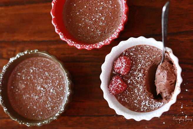 Easy chocolate pots de Creme. A decadent, rich dessert that only takes 5 minutes to whip together in your blender. Think chocolate pudding but more dense and rich. Perfect for chocolate lovers. And a great dessert option for Valentine's Day!