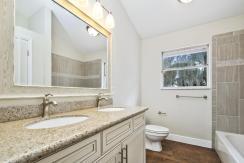 17_bathroom2