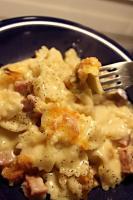 Cheesy Macaroni and Ham Bake