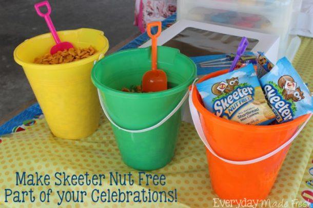Skeeter Nut Free snacks are the tastiest nut free snack we've tried! The kids will love their taste and the fun packaging. @SkeeterNutFree #SkeeterNutFree #FoodAllergyMonth #spon | EverydayMadeFresh.com