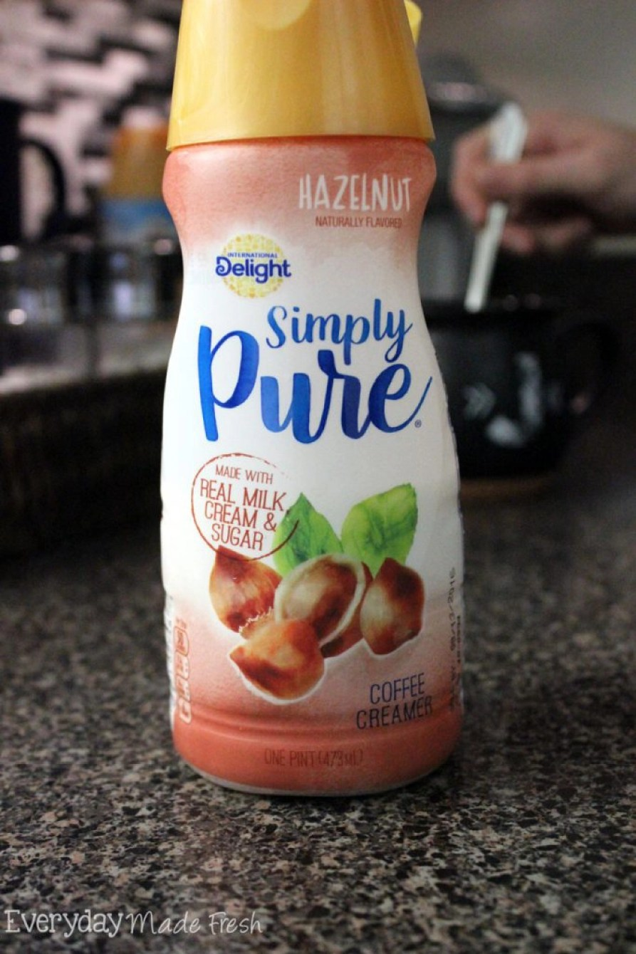Our Simple Everyday Coffee Corner is easy to recreate and will have all the coffee lovers in your home happy!  #IDSimplyPure #ad   EverydayMadeFresh.com