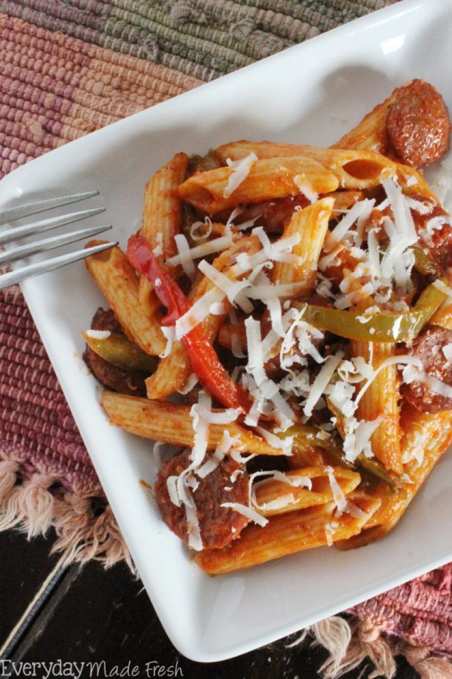 Italian Sausage, peppers, onion, pasta, and a tomato sauce come together to create this tasty Italian Sausage Pasta Skillet in under 30 minutes. | EverydayMadeFresh.com